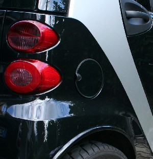 Sticker NOIR pour trappe essence fortwo 451